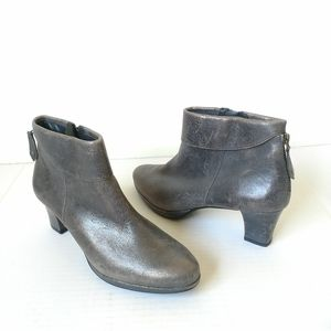NEW Paul Green gray metallic ankle boots sz 8